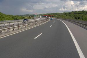 Развиваме до 140 км/ч на магистралите