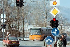 Шофьорите ще остават без книжка за месец при незачитане на светофар и пешеходна пътека